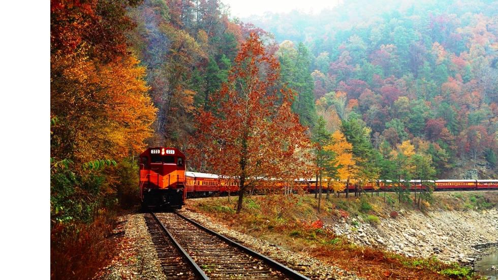 Great Smoky Mountains Railroad 5 Sensational Seasonal